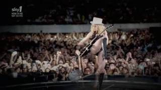 Madonna - Human Nature (Sticky & Sweet Tour in Buenos Aires)