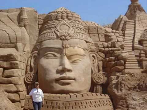 escultura em areia da brasileira gisele prata real
