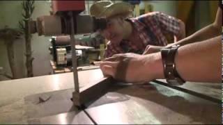 Mukketier TV, Folge 8: Wie wird eigentlich eine Nasenflöte gebaut ?