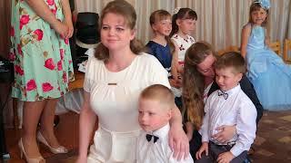"Уривок свята матері у дитячому садку № 14 група ""Курчатко"""