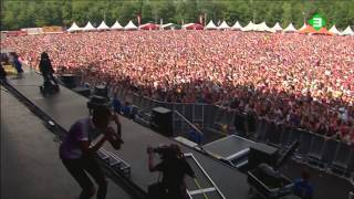 Stromae - Tous Les Mêmes + Formidable (Pinkpop 09-06-2014)