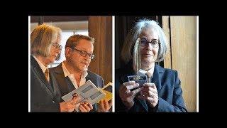 """Gouden Ganzenveer-winnares Antjie Krog: """"Bij toenadering tussen Nederlands en Afrikaans moet dive..."""