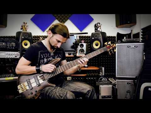 Advanced Bass Technique // Touch 'n' Roll - How to merge legato and tapping
