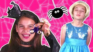 PRINCESS GETS HYPNOTIZED BY MAGIC FIDGET SPINNER -