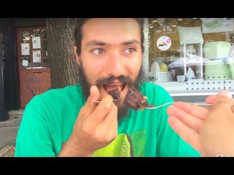 Ядене на Сурова Шоколадова Веган Торта от Сладкарница Неделя в Стара Загора с Жельомирот YouTube · Продължителност:  19 минути 22 секунди