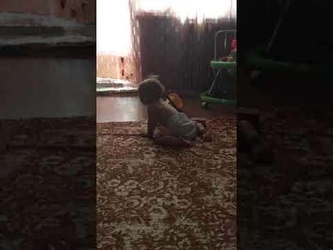 Самый маленький тверк! Танцы от 10-месячного малыша