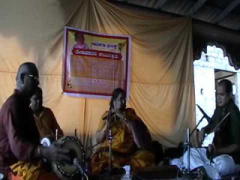 Krishna nee begane baro Flute  Sikkil Mala Chandrasekhar -yamunakalyani-Vyasarayar