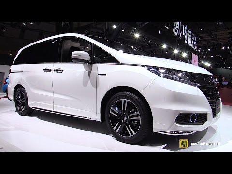 2016 Honda Odyssey Sport Hybrid - Exterior and Interior Walkaround - Debut at 2015 Tokyo Motor Show