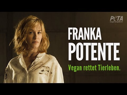 """Arme Sau"": Franka Potente in neuer PETA-Kampagne für vegane Lebensweise"