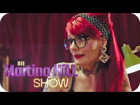 Horror Tattoo: Jenny hilft Yvonne ihr Pärchen-Tattoo loszuwerden  | Die Martina Hill Show | SAT.1 TV