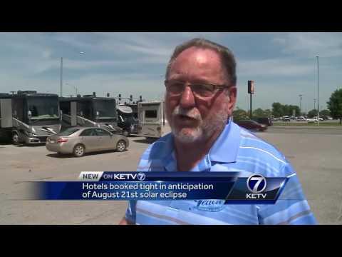 Nebraska hotels back in solar eclipse shadow