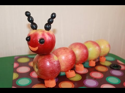 Как сделать из яблок гусеницу