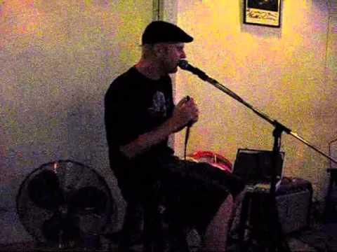 Moondog J at the Boy Blues Bar #2.wmv