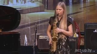 Смотреть всем! Игра на саксофоне. 18 уроков с