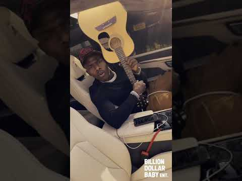 "DaBaby – ""Rockstar"" featuring Roddy Ricch (VERTICAL INSTAGRAM VIDEO)"