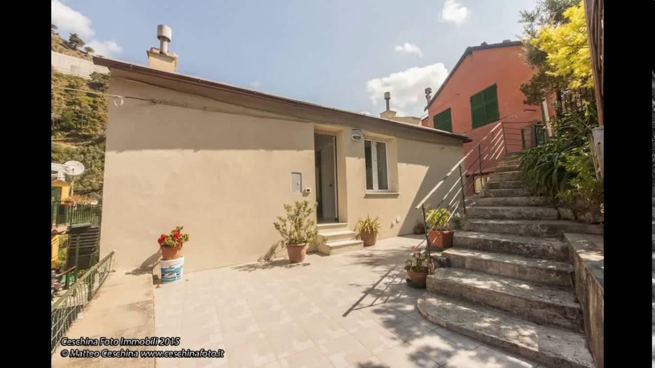 Genova nervi casa indipendente con giardino carrabile e for Casa con giardino genova