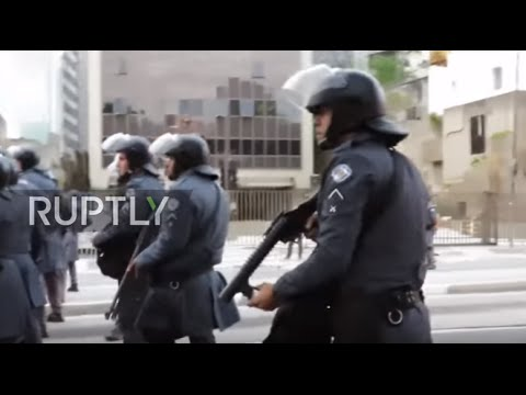 Brazil: Police clash with marching students in Sao Paulo