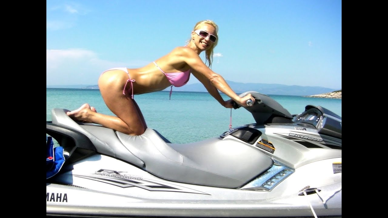 water ski hot babe