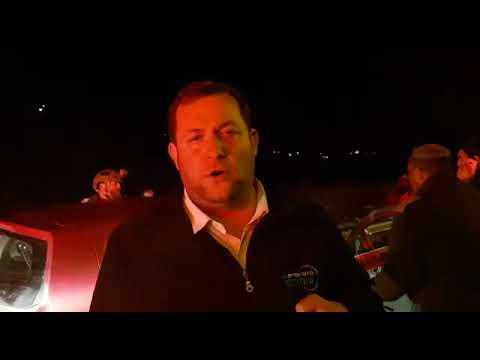 ראש מועצת שומרון יוסי דגן בזירת הפיגוע ליד חוות גלעד