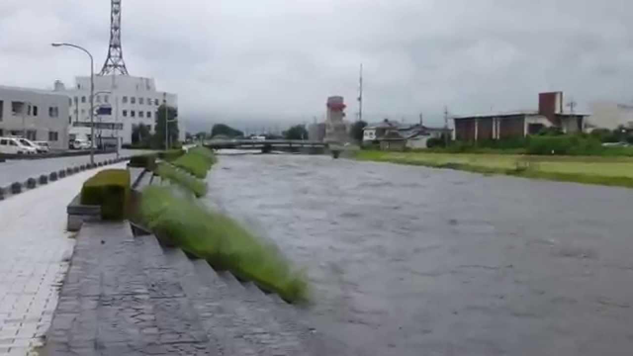 真岡市の五行川が避難判断水位の...