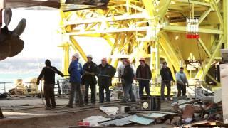 Спуск и подъем судна в Керчи(, 2014-04-15T10:36:23.000Z)