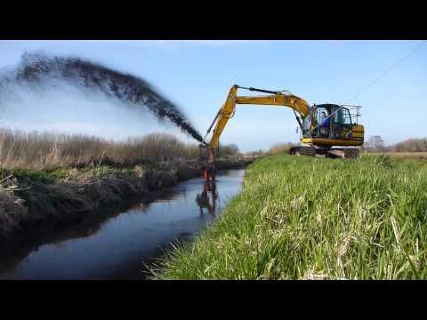 Watercourse restoration using a silt pump
