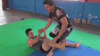 Como derribara tu oponente Paso a paso - derribe y golpeo al ras de lona