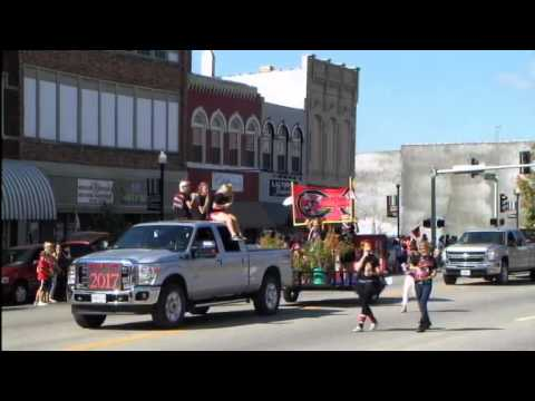 Chillicothe Home Coming Parade 2013. Powerd by Wowwoody.com