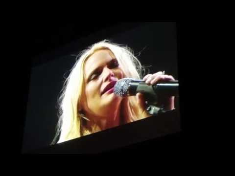 Miranda Lambert brought to tears singing 'House that Built Me' to Soldier - August 19th, 2016