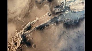 Valles Marineris MUSHROOM CLOUD ON MARS