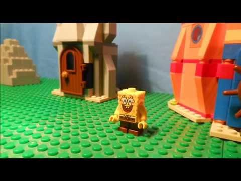 В игре лего спанч боб наш герой превратился в огромного монстра и сражается с войсками, которые пытаются его остановить.