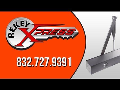 Locksmith in Houston Lic#B18820 rekeys your mailbox -- ReKey Xpress Locksmith