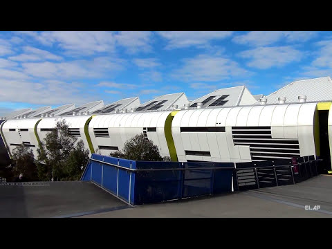 Melbourne, driving from St Kilda Rd to MCG (HD)