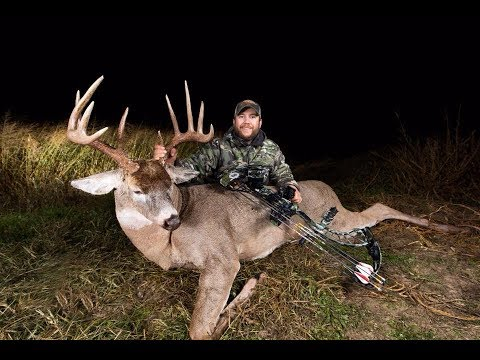 """""""Charlie Brown"""": Archery Deer Hunting/Bowhunting - The Management Advantage"""