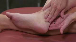Con dolor piernas en hinchadas ancianos
