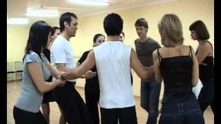 Урок танцев вела преподаватель из Казани
