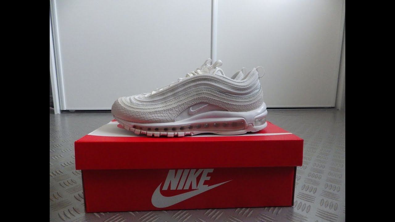 829d9dbcd86 Review  AIR MAX 97 SNAKESKIN + ON FEET - YouTube