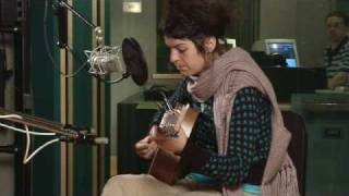 "Jesca Hoop Performs ""Enemy"" at NPR"