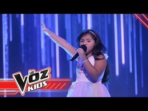 Evelyn canta 'Un beso y una flor'   La Voz Kids Colombia 2021