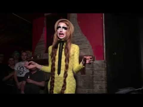 Patti Spliff performs