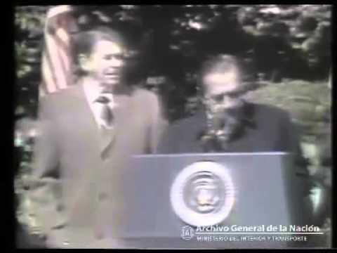 Raúl Alfonsín y Ronald Reagan en los Jardines de la Casa Blanca, 1985