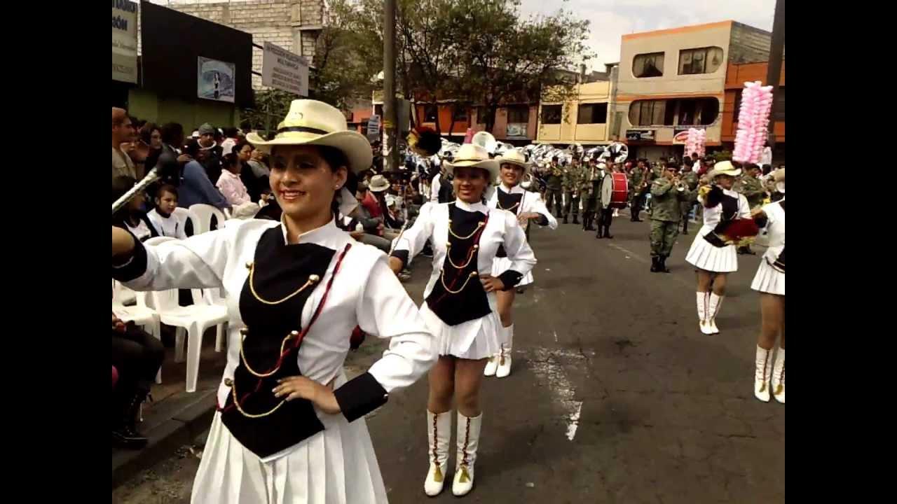 Bastoneras colegio simon bolivar desfile sur 2012 youtube for Colegio bolivar y freud