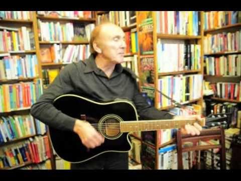 Billy Kinsley sings at Book Signing