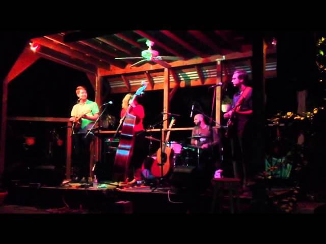 Missy Raines & The New Hip - Stop, Drop & Wiggle [Live at Fodor's Grove 01/19/2013]