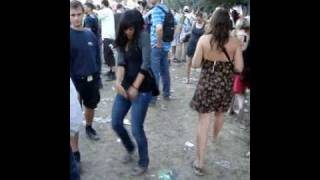 """""""DnB"""" Girl Dancing on Drum and Bass"""