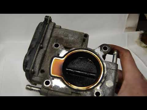 Чистка дроссельной заслонки Mazda 6GG.