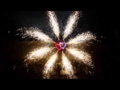 FeuerwerkHochzeit brennende Herzen by SemmerFeuerwerk  YouTube