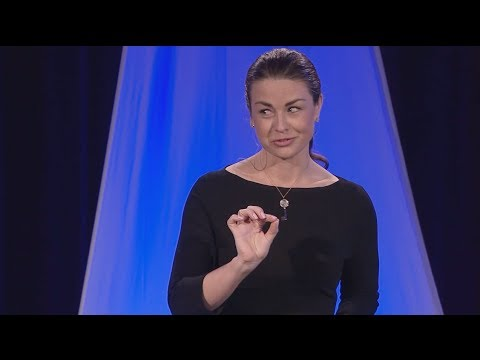 Honest liars -- the psychology of self-deception: Cortney Warren at TEDxUNLV