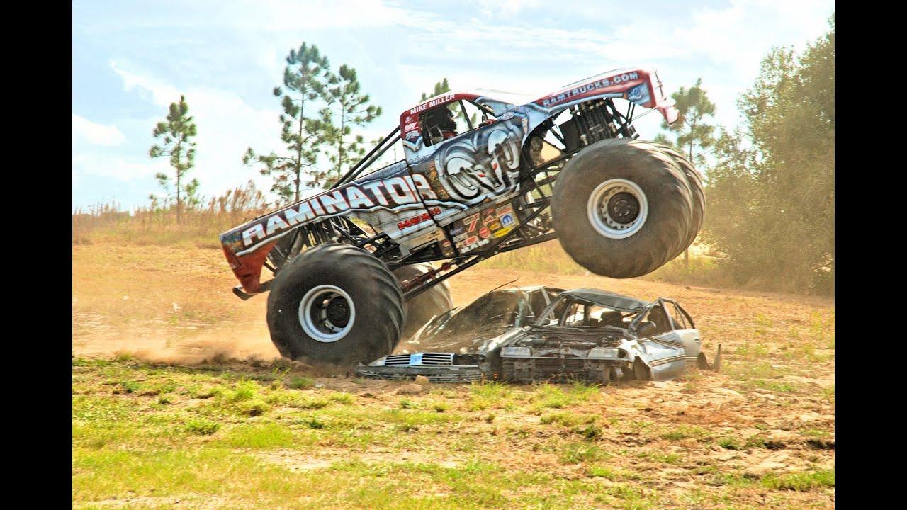 Dodge Raminator Mud Truck Crushes Cars Youtube