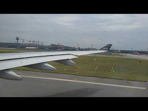FIJI airways.... awesome takeoff from singapore airport